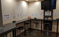 バッドカンパニー福岡のお店のロゴ・ホームページのイメージなど